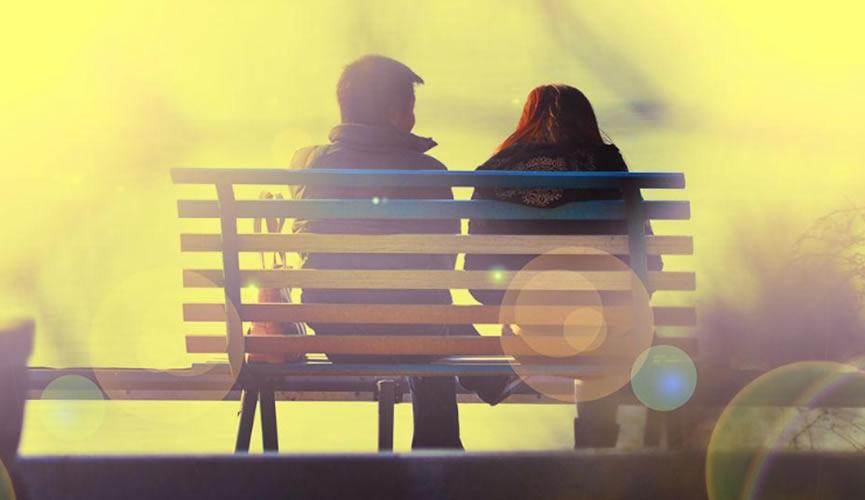 没有人会突然不爱你了,只能证明你很久没有爱她了