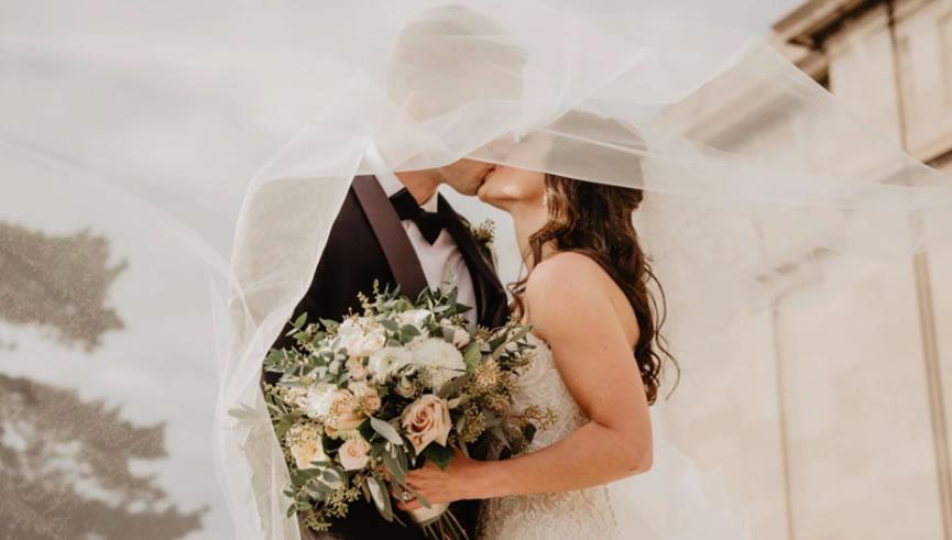 2021八字合婚:婚姻对于女人而言,不是救命稻草而是锦上添花